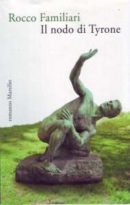 2.Copertina de Il Nodo di Tyrone. In primo piano, la scultura Atlhet, di Max Klinger, la cui riproduzione è stata autorizzata da Ketterer Kunst di Monaco.