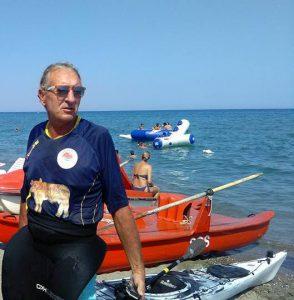 Francesco Mazzacoco, il primo a circumnavigare in kayak da solo la nostra terra