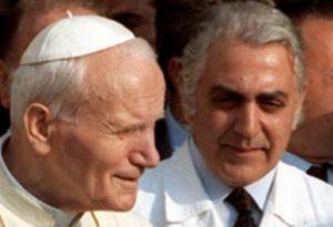 Papa Giovanni Paolo II e il professore Francesco Crucitti