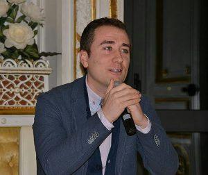 Il professor Giuseppe Ferraro dottore di ricerca in storia presso l'Università degli Studi della Repubblica di San Marino.