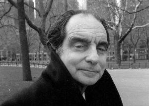 """Per Italo Calvino """"E' inutile stabilire se [i comuni] siano da classificare tra le città felici o tra quelle infelici. Non è in queste due specie che ha senso dividere le città, ma in altre due: quelle che continuano attraverso gli anni e le mutazioni a dare la loro forma ai desideri e quelle in cui i desideri o riescono a cancellare la città o ne sono cancellati."""""""