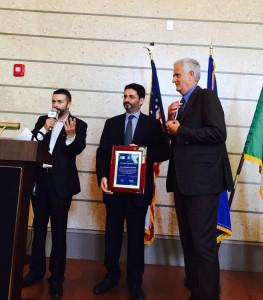 da sinistra: il dottore Luigi Bava, presidente dell'ODLI; il prof. Antonello Pileggi e il console generale d'Italia a Miami Adolfo Barattolo.