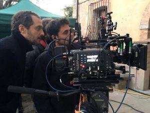 """Claudio Santamaria sul set di """"The Millionairs"""" con la sua squadra tecnica"""