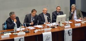 Il tavolo dei relatori che ha introdotto il convegno: Morabito, De Capua, Messina, Buccafurri, Isernia.