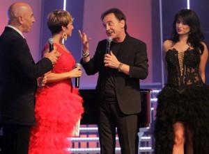 """Roby Facchinetti riceve il Premio Mia Martini 2014 """"Alla carriera"""""""