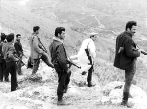 La foto è tratta dal film Salvatore Giuliano del regista Francesco Rosi (1962), Pisciotta è il primo a destra.