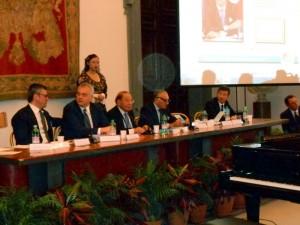 I premi sono stati consegnati dal Presidente del Consiglio Regionale della Calabria Francesco Talarico, il vice presidente del Senato Maurizio Gasparri, il giornalista Peppe Marra.