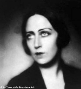 La marchesa Maria Elia De Seta Pignatelli.